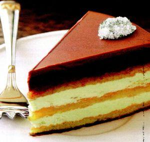 Tort cu crema de vanilie si crema de ciocolata neagra