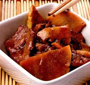 Carne_de_vita_cu_muguri_de_bambus