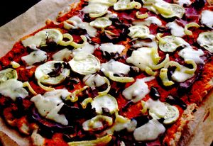 Pizza cu mozzarella si ciuperci