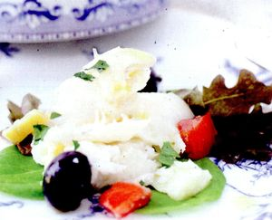 Salata_cu_cod_masline_si_cartof