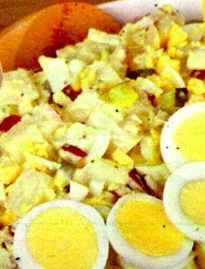 Salata de cartofi cu maioneza si iaurt