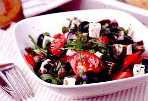 Salata cu tofu, masline si busuioc