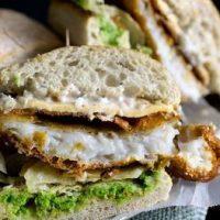 Sandwich_cu_peste_in_aluat_si_piure_de_mazare_12