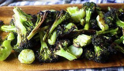 Sote de broccoli cu suc de lamaie