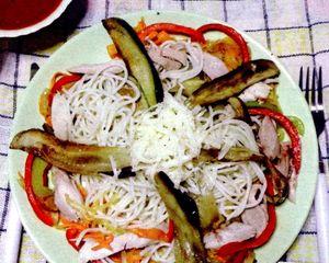 Spaghete_cu_pui_si_vinete