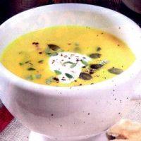 Supa_de_dovleac_cu_crema_de_cocos_si_curry