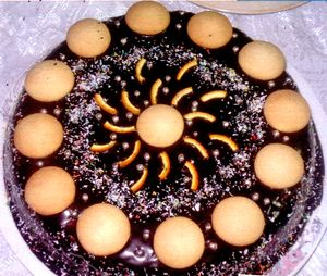 Tort_de_biscuiti_cu_ciocolata