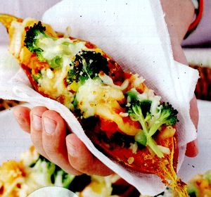 Cartofi_dulci_umpluti_cu_cas_si_broccoli