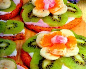 Fursecuri_cu_kiwi_portocale_si_banane