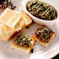Pasta cu seminte de chia, alge si mustar