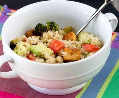 Quinoa_cu_tofu_si_broccoli_09