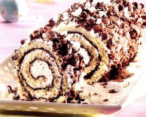 Rulada_cu_ciocolata_si_frisca
