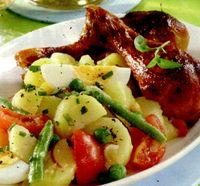 Salata de cartofi si mazare cu maioneza