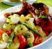 Salata_calda_de_cartofi_cu_mazare_si_fasole