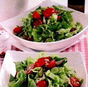 Salata_cu_avocado_si_rosii
