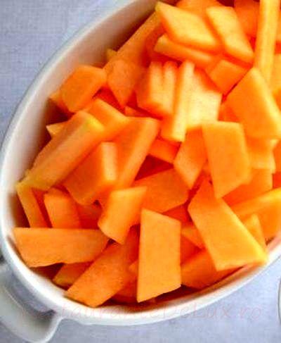 Salata picanta de pepene galben