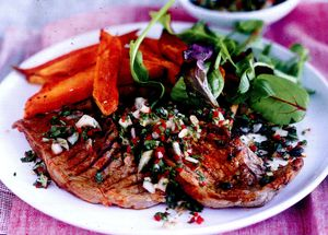 Steak_cu_boia_ardei_iute_si_salata