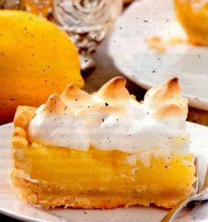 Tarta_delicioasa_cu_lamaie_si_bezea