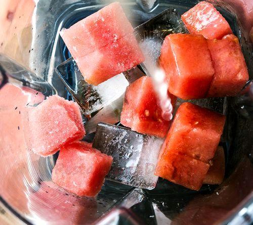 Cocktail cu aroma de pepene