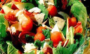 Salata_cu_pere_pepene_si_gorgozola