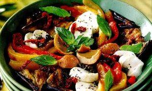Salata_de_legume_coapte_cu_sardele