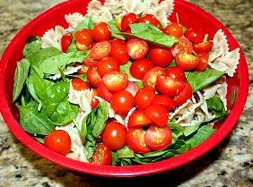 Salata cu rosii cherry