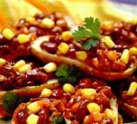 Cartofi_umpluti_cu_carne_chili_si_chimen
