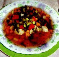 Ciorbă de legume cu năut si fasole roşie