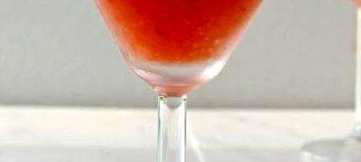 Cocktail_cu_rom_alb_capsuni_si_piersici_03