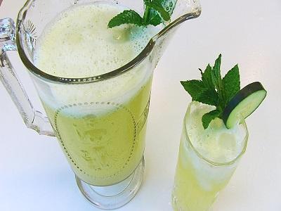 ... : How to make Cucumber mint lemonade (VIDEO)   Restaurante de Lux