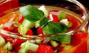 Gazpacho_cu_rosii_si_castraveti