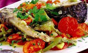 Tocanita de legume cu peste si curry