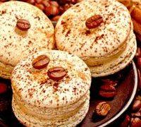 Macarons_cu_cafea_si_migdale