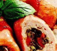 Piept_de_pui_umplut_cu_ardei_fasole_si_bacon