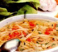 Supa de taitei cu spinare de porc