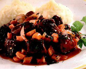 Piure de legume cu carne de viţel
