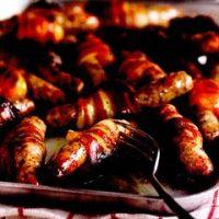 Carnati_in_bacon_cu_prune_si_caise_uscate
