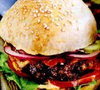 Hamburgeri si Cheeseburgeri