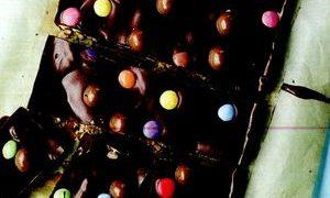Desert_cu_ciocolata_biscuiti_si_miere