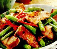 Fasole verde cu carne