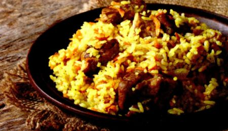 Pilaf cu legume si carne de vita