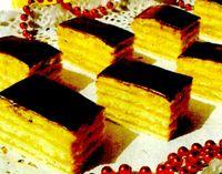 Prajitura_cu_crema_caramel_si_glazura_de_ciocolata