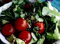 Salată de roşii