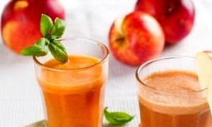 Apple juice with watercress