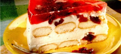 Tort cu crema de iaurt si visine