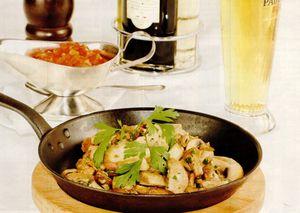 Ciuperci la tigaie cu sos de smantana