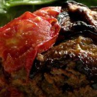 Musaca de vinete cu carne de manzat