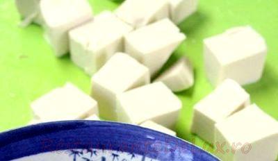 Salata cu tofu