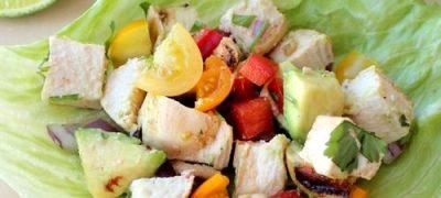 Salata_de_pui_cu_legume_si_avocado_04