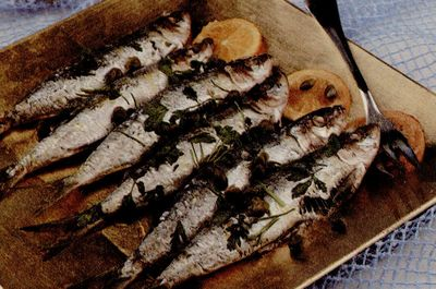 Cum se prepara Sardine prajite cu midii